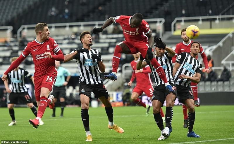 Salah, Mane, Firmino bó tay vì Darlow, Liverpool bị cầm hòa - ảnh 2