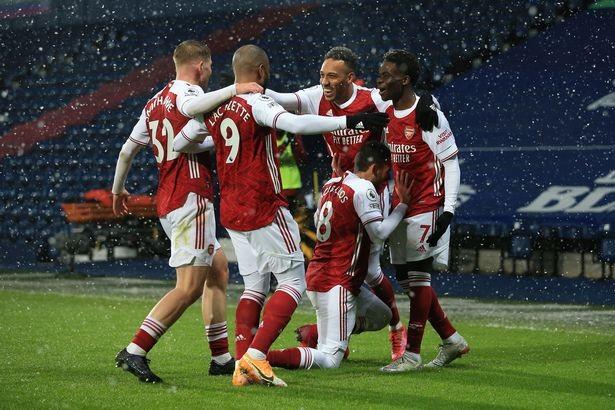 Kỳ lạ cầu thủ Anh bị cấm ăn mừng bàn thắng - ảnh 3