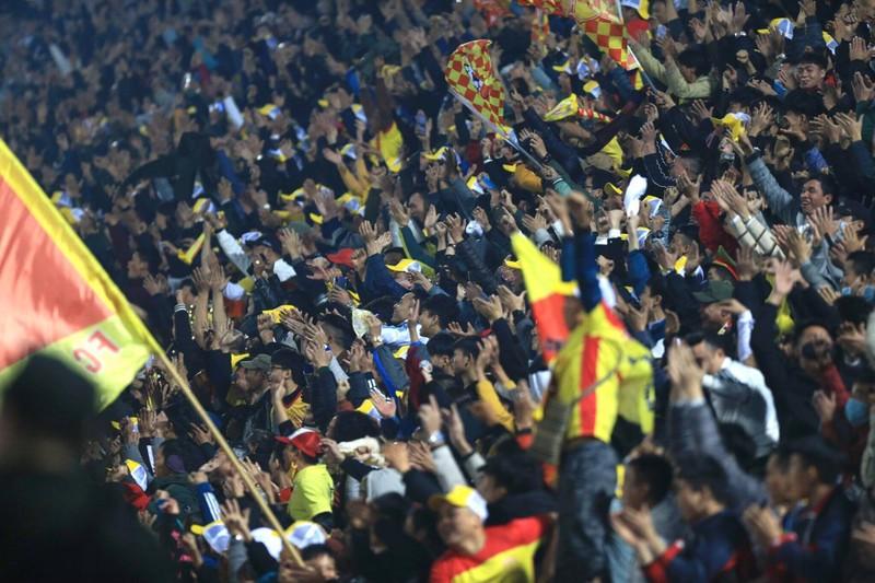 Thiên Trường 'dậy sóng' ngày khai mạc V-League 2021 - ảnh 4