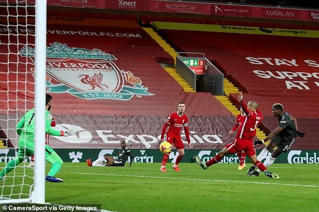 Hé lộ đội hình Liverpool đấu MU - ảnh 1