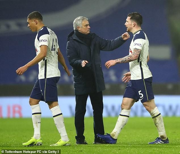 Nỗi buồn của Jose Mourinho - ảnh 3
