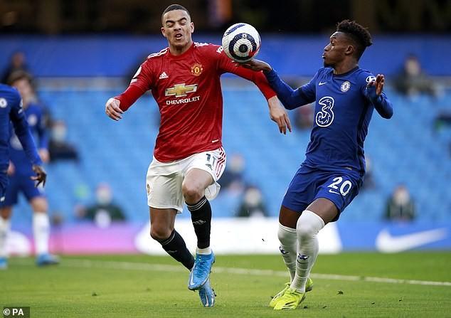'Quy định' thổi phạt 11m khi bóng chạm tay ở Premier League - ảnh 3
