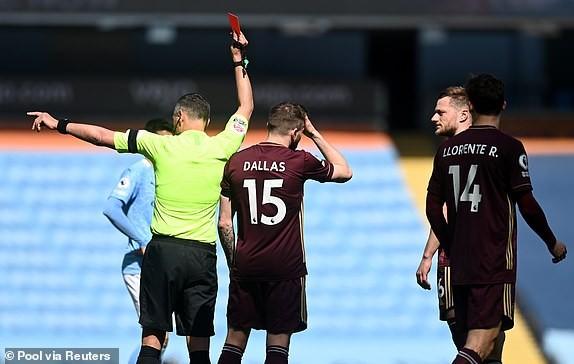 Địa chấn ở Etihad, Man City thua sốc 10 người của Leeds - ảnh 3
