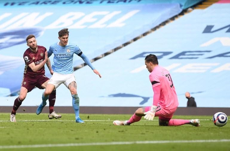 Địa chấn ở Etihad, Man City thua sốc 10 người của Leeds - ảnh 5