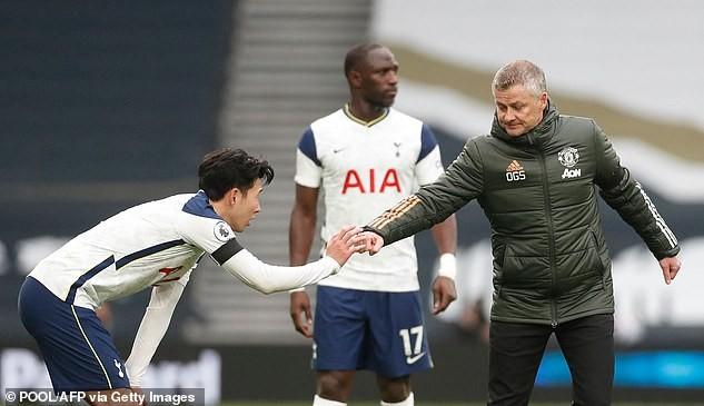 Khẩu chiến nảy lửa giữa Solskjaer và Mourinho - ảnh 3