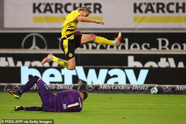 'Siêu cò' Raiola gây chiến với Borussia Dortmund vì Haaland - ảnh 3