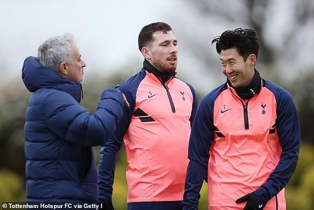 Harry Kane gửi lời tri ân, Son Heung-min xin lỗi Mourinho - ảnh 3