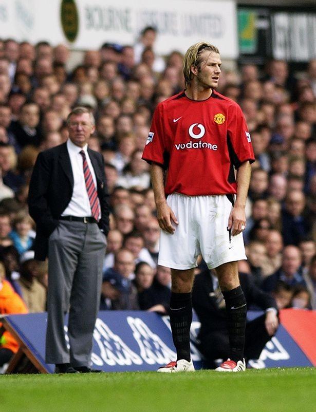 Góc khuất vụ chiếc giày bay giữa Sir Alex Ferguson và Beckham - ảnh 1