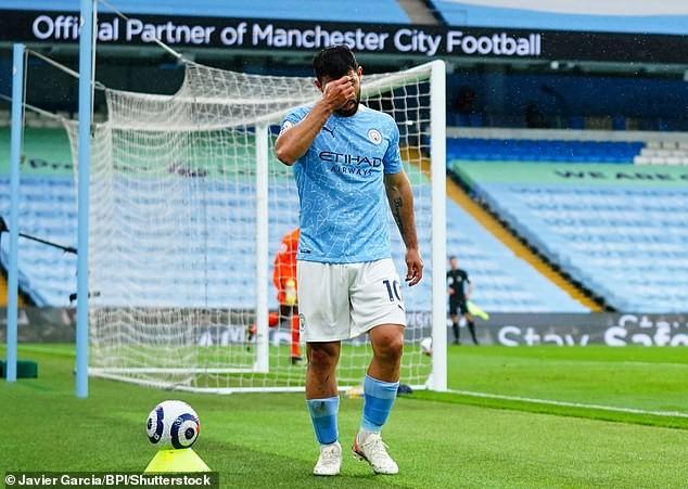 Man City lỡ cơ hội vô địch, Guardiola trách trọng tài và VAR - ảnh 2