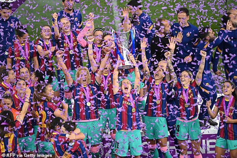 'Hủy diệt' Chelsea, nữ Barcelona đăng quang Champions League - ảnh 2