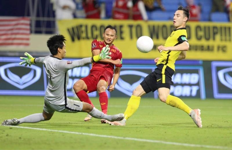 Hạ Malaysia kịch tính, Việt Nam tiến sát giấc mơ World Cup - ảnh 4