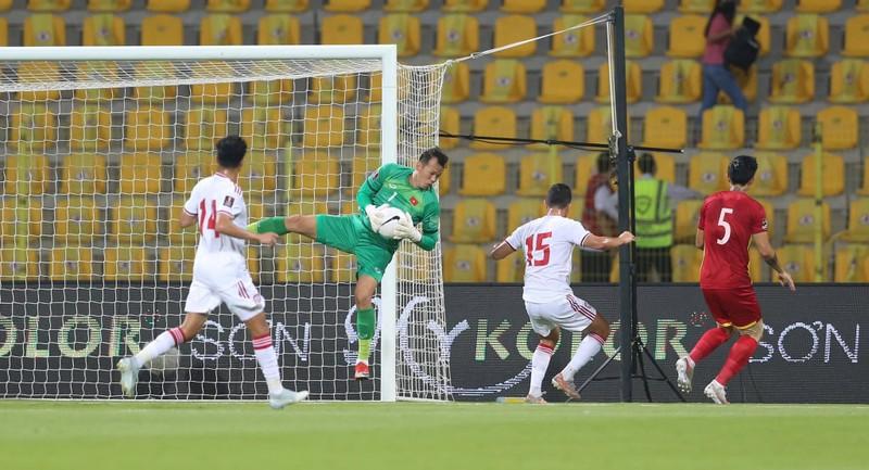 Ngược dòng bất thành, Việt Nam vẫn giành vé đi tiếp ở World Cup - ảnh 8
