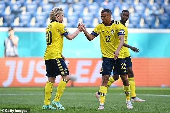 Quả phạt đền định đoạt kết quả trận Thụy Điển - Slovakia - ảnh 8