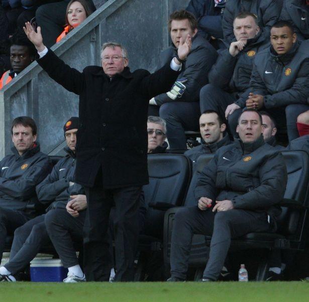 Sir Alex Ferguson bị chỉ trích nặng nề - ảnh 3