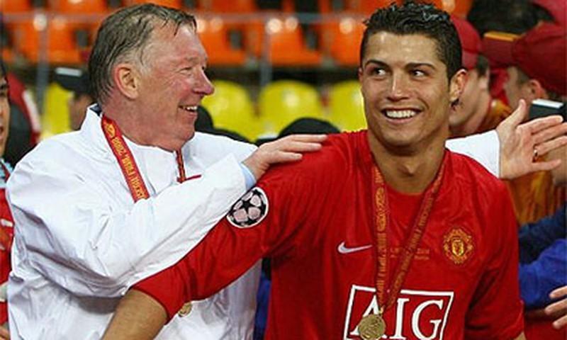 Kinh điển vụ MU 'cướp' Ronaldo trước kình địch Liverpool - ảnh 3