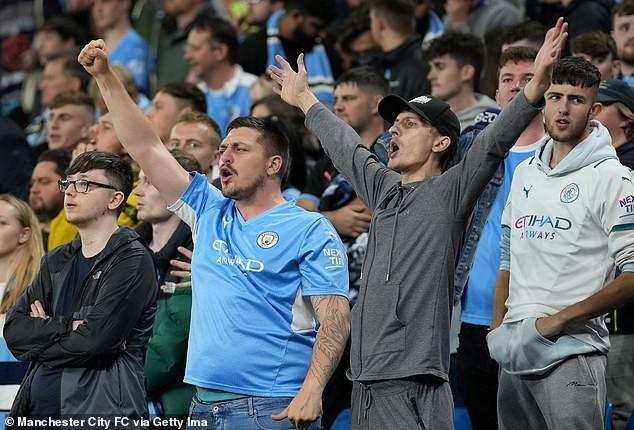 Pep Guardiola gọi cứu viện: 'Man City cần người, làm ơn đi' - ảnh 3