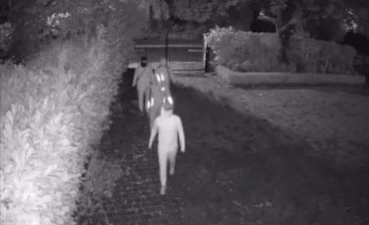 Sao Chelsea tung video gây sốc bị trộm đột nhập - ảnh 4