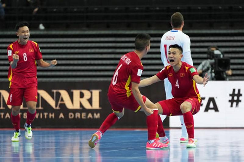 Hòa Czech, tuyển Việt Nam tái lập lịch sử ở World Cup - ảnh 8