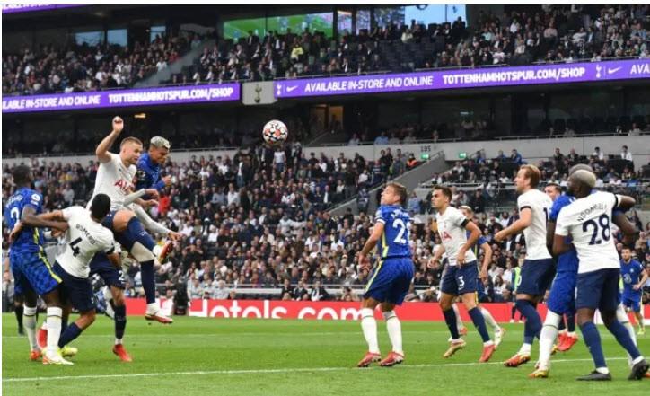 Hàng thủ 'lên đồng', Chelsea 'hủy diệt' Tottenham lên đỉnh Premier League - ảnh 4