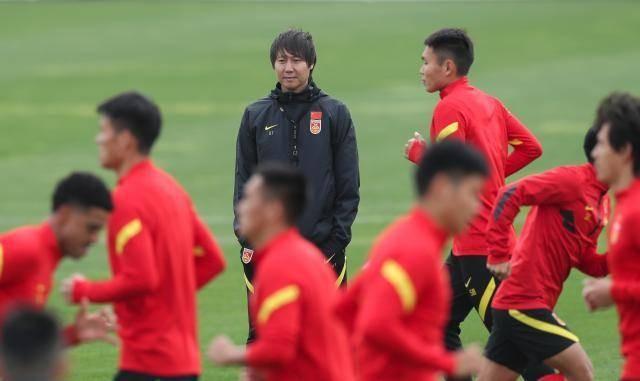 Tuyển Trung Quốc họp khẩn, tuyên bố phải thắng tuyển Việt Nam - ảnh 2