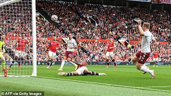 Bruno đá hỏng penalty, MU thua sốc Aston Villa - ảnh 2