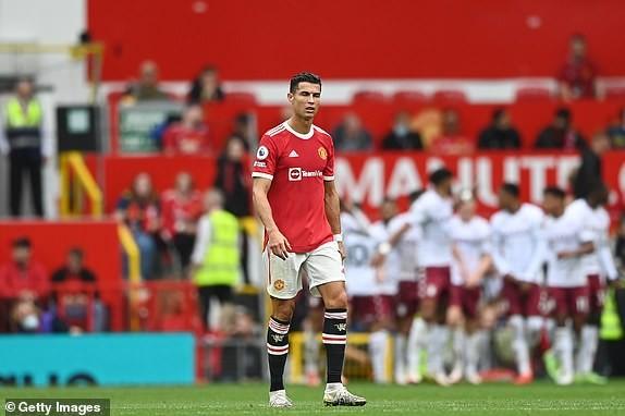 Bruno đá hỏng penalty, MU thua sốc Aston Villa - ảnh 10
