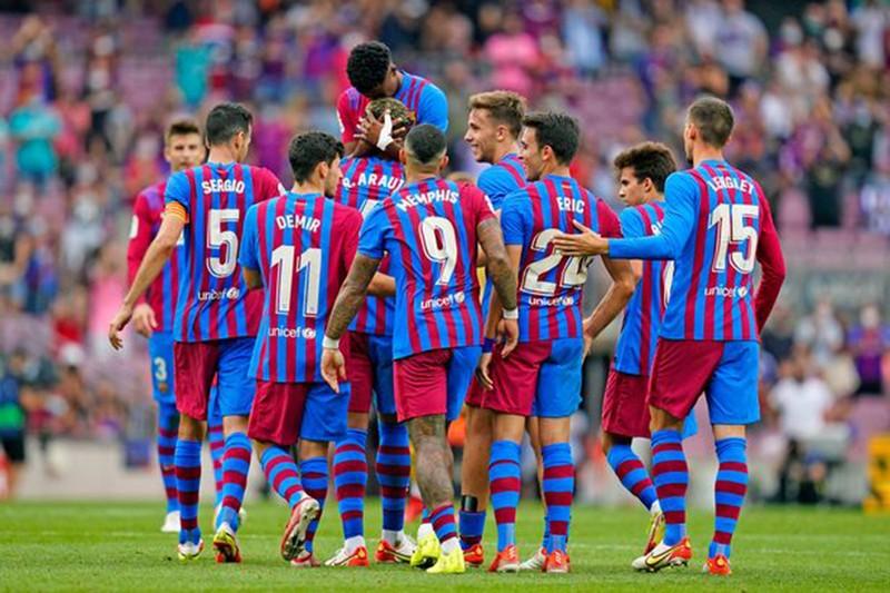 Dubai giúp Barcelona xóa khoản nợ khổng lồ 1,2 tỉ bảng - ảnh 4