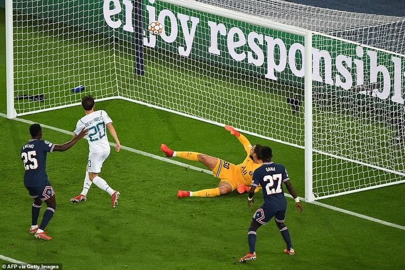 Messi khai hỏa bằng siêu phẩm, PSG hạ gục Man City - ảnh 3
