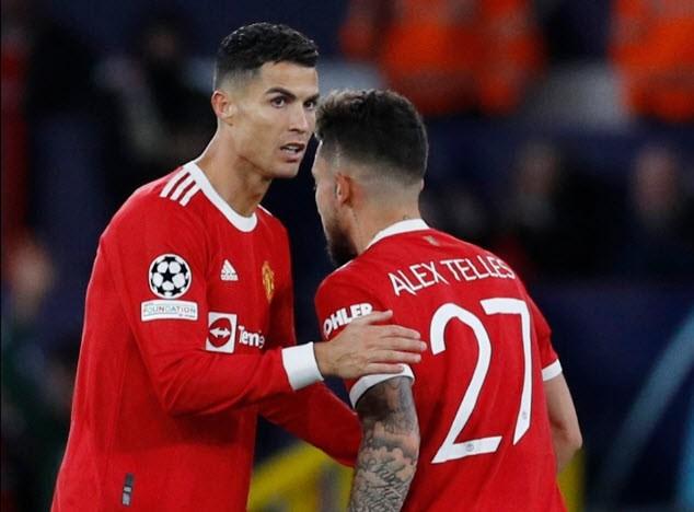 Ronaldo yêu cầu Solskjaer đổi chiến thuật ở MU - ảnh 3