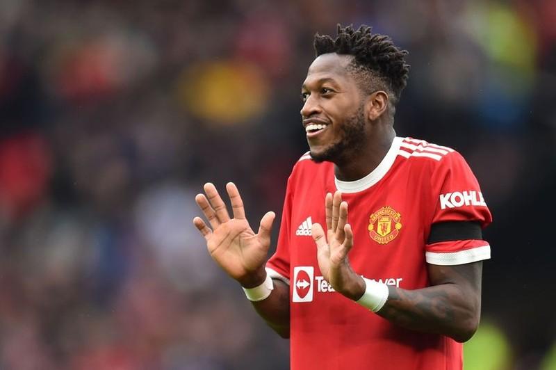 Sir Alex Ferguson sẽ trừng phạt một cầu thủ của MU - ảnh 2