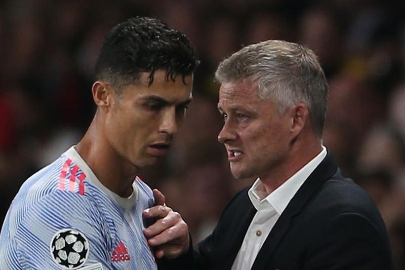 Solskjaer có thể bị MU sa thải vì hành vi với Ronaldo - ảnh 2