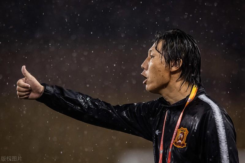 Trung Quốc muốn dựa vào chiều cao và 4 sao nhập tịch để thắng tuyển VN - ảnh 3