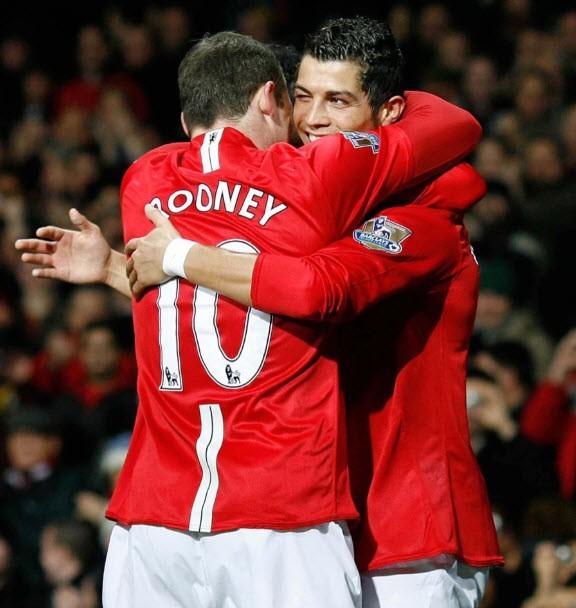 Sir Alex tiết lộ về cái nháy mắt của Ronaldo khiến đồng đội nhận thẻ đỏ - ảnh 5