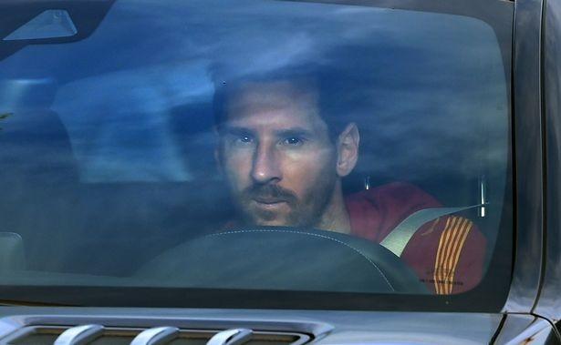 Barcelona ra lệnh cấm, Ronald Koeman sắp bị sa thải - ảnh 3