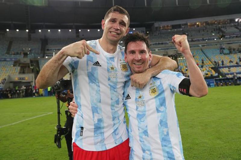 Messi khẳng định Arsenal đã bán cầu thủ xuất sắc nhất thế giới - ảnh 3