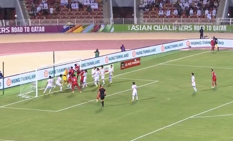 Hàng thủ liên tiếp sai lầm, tuyển Việt Nam thua ngược Oman, - ảnh 6