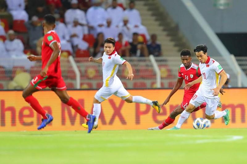 Hàng thủ liên tiếp sai lầm, tuyển Việt Nam thua ngược Oman, - ảnh 2