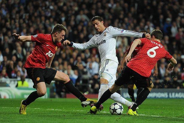 Sir Alex Ferguson lên phương án ngăn chặn Ronaldo - ảnh 4