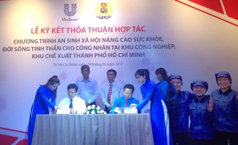 Thỏa thuận hợp tác thực hiện chương trình an sinh xã hội đối với công nhân tại các KCX-KCN TP.HCM.