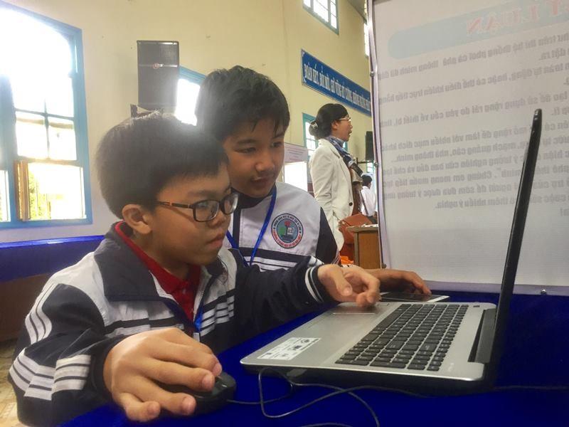 882 học sinh hào hứng dự thi khoa học kỹ thuật quốc gia - ảnh 3