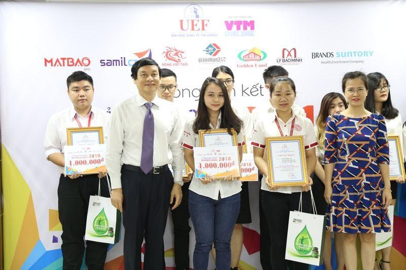 Nhóm sinh viên nhận giải quán quân ý tưởng kinh doanh độc, lạ - ảnh 1