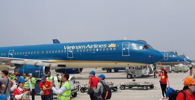 Dùng chuyên cơ đón tuyển Olympic Việt Nam về nước - ảnh 1