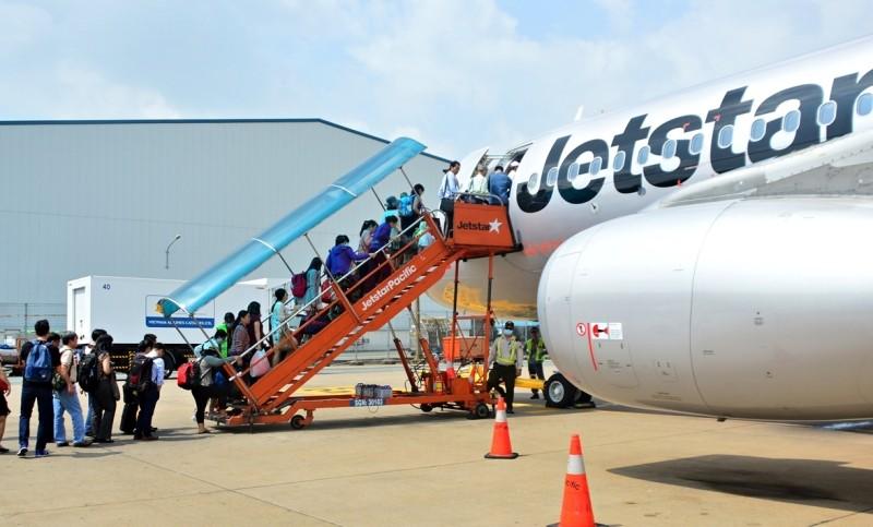 Jetstar hủy chuyến bay,  khách được bồi thường... 200.000 đồng - ảnh 1