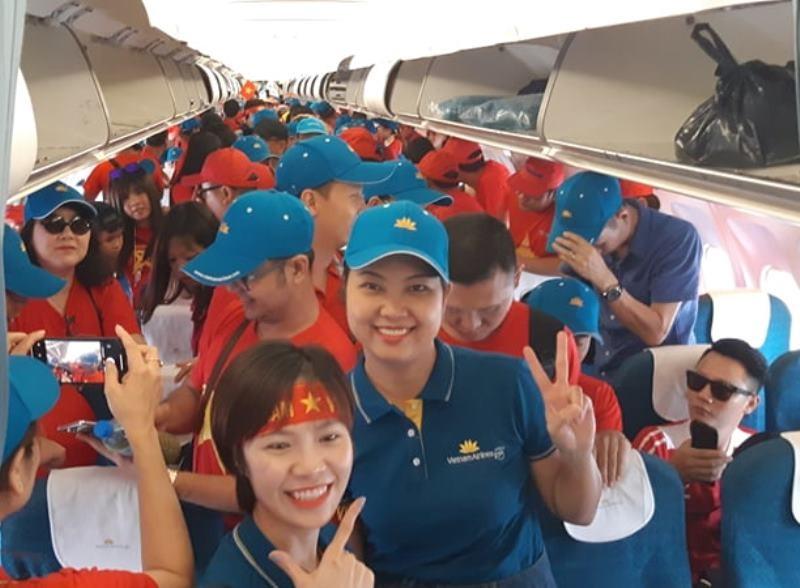Thêm 1 chuyến bay TP.HCM đến Bacolod cổ vũ đội tuyển - ảnh 1