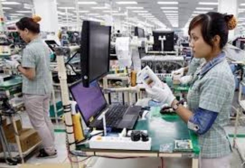 Khan hiếm nhân lực vì nhà máy Trung Quốc 'chạy' sang VN? - ảnh 1