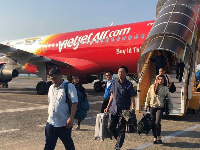 Hàng không Việt tăng cước hành lý, phí đổi tên  - ảnh 1