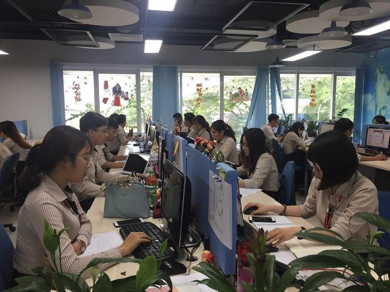 DN ngoại chi bạo để tuyển nhân sự ngành công nghệ tài chính - ảnh 1