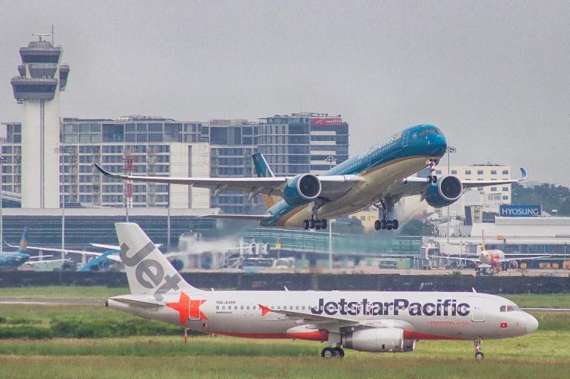 Hàng không Việt Nam tạm ngưng nhiều đường bay đến Trung Quốc - ảnh 1