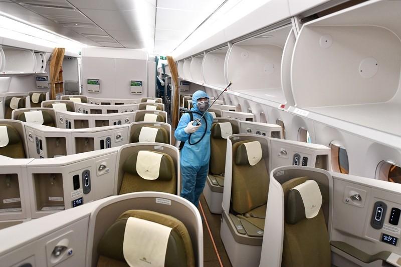 Vietnam Airlines tạm ngưng các chuyến bay quốc tế đến hết 30-4 - ảnh 1