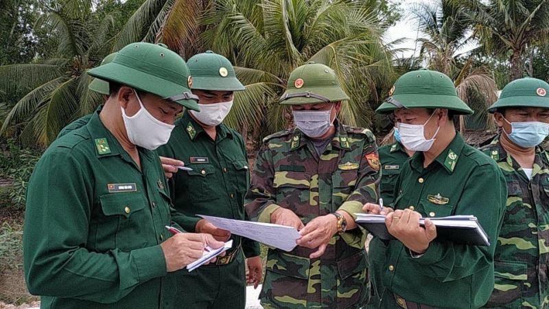 Lính quân hàm xanh căng mình chống dịch tuyến đầu biên giới - ảnh 3